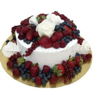 Торт Ягодный с белыми Розами