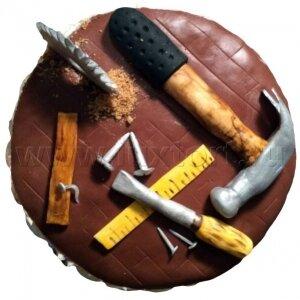 Торт с инструментами