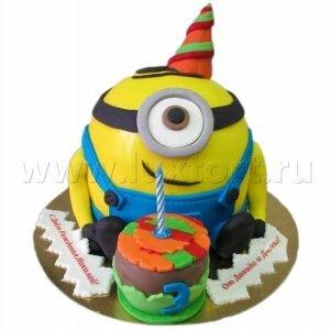 Торт Миньон с пирожным Гадкий Я