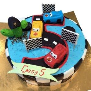Торт Тачки на цифре 5