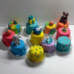 Капкейки для новорожденного