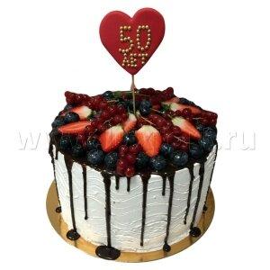 Торт с ягодами на Юбилей